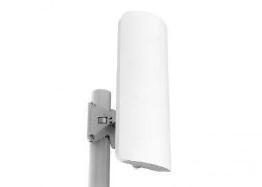 Point d'accès extérieur MikroTik mANTBox 19s RB921GS-5HPacD-19S avec antenne 120° intégrée