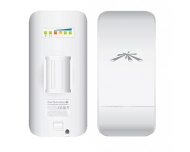 Point d'accès/CPE extérieur Ubiquiti AirMax NanoStation Loco M5 avec antenne intégrée