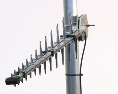 Antenne à large bande GSM/3G/4G 11 dBi Poynting A-LPDA-92