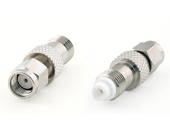 Adaptateur FME-Femelle vers RP-SMA-Plug