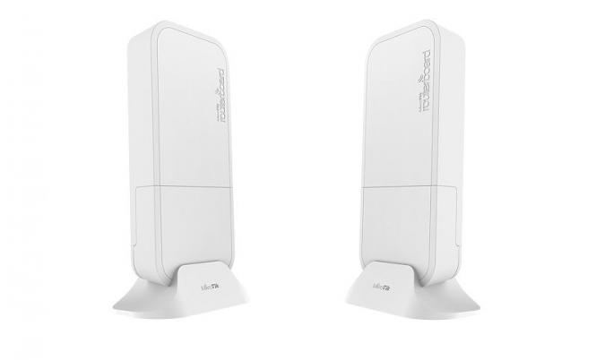 Pont 200 m Gigabit 60 GHz 802.11ad MikroTik Wireless Wire RBwAPG-60ad kit