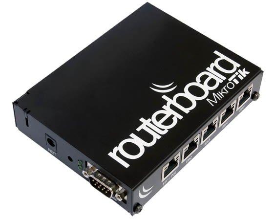 Boîte MikroTik CA150 pour carte RB450G/RB450Gx4